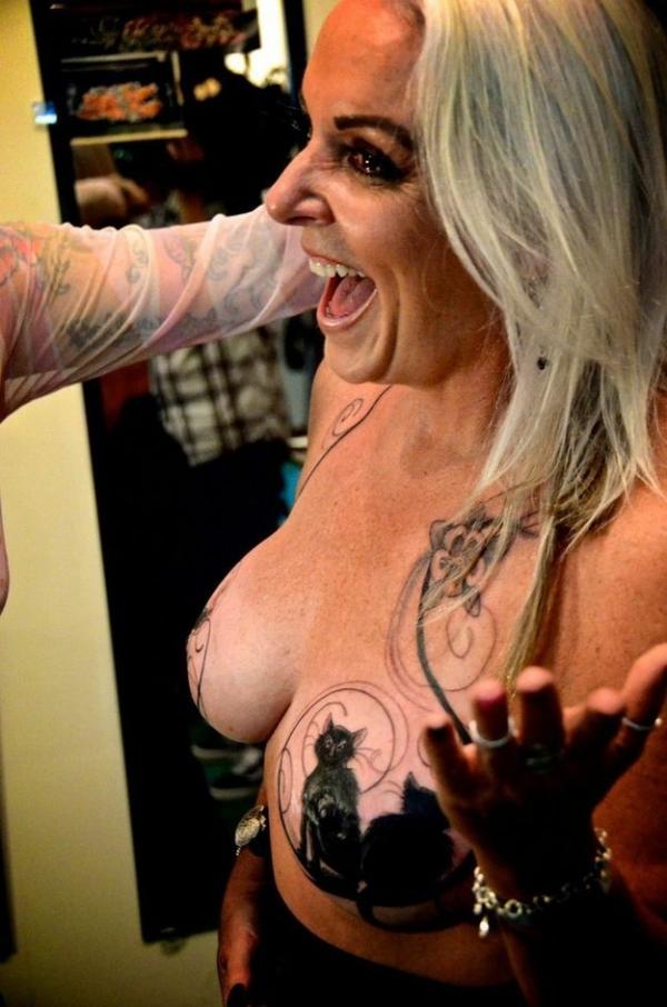татуировка после рака груди
